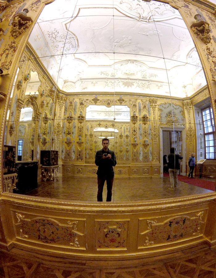 Arthur au Palais du Belvédère à Vienne
