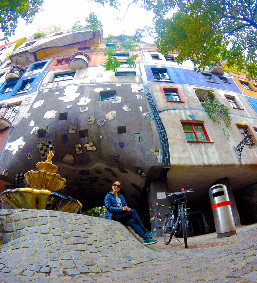 Yasmina au Hundertwasserhaus