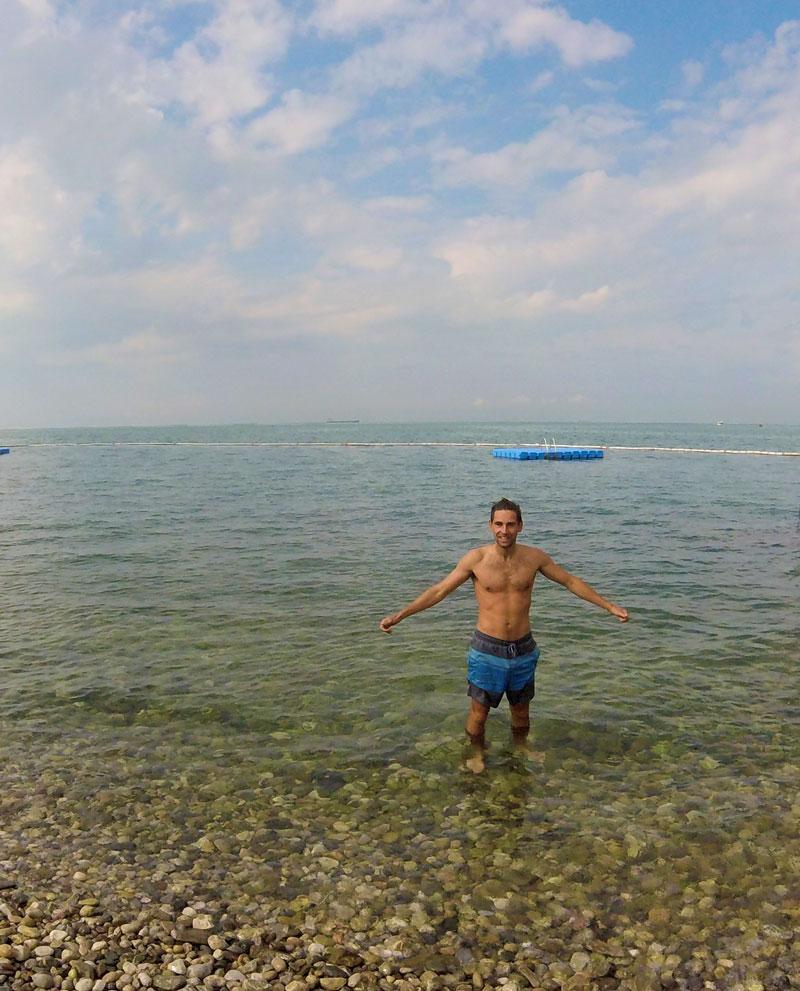 1ère baignade à Koper pour Arthur