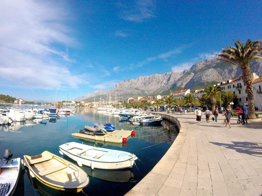 Ville de Makarska en Croatie