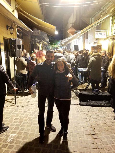 Réveillon du jour de l'an dans les rues de La Canée, Crète