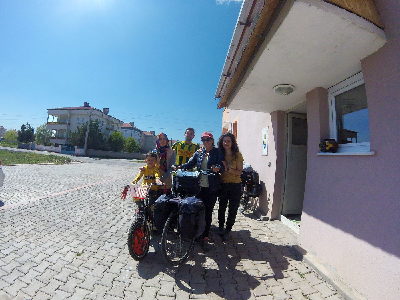 Turkey on a bike, at Tuğba's friend's house in Şarkışla. Cycling Turquey, at Tuğba's friend in Şarkışla.